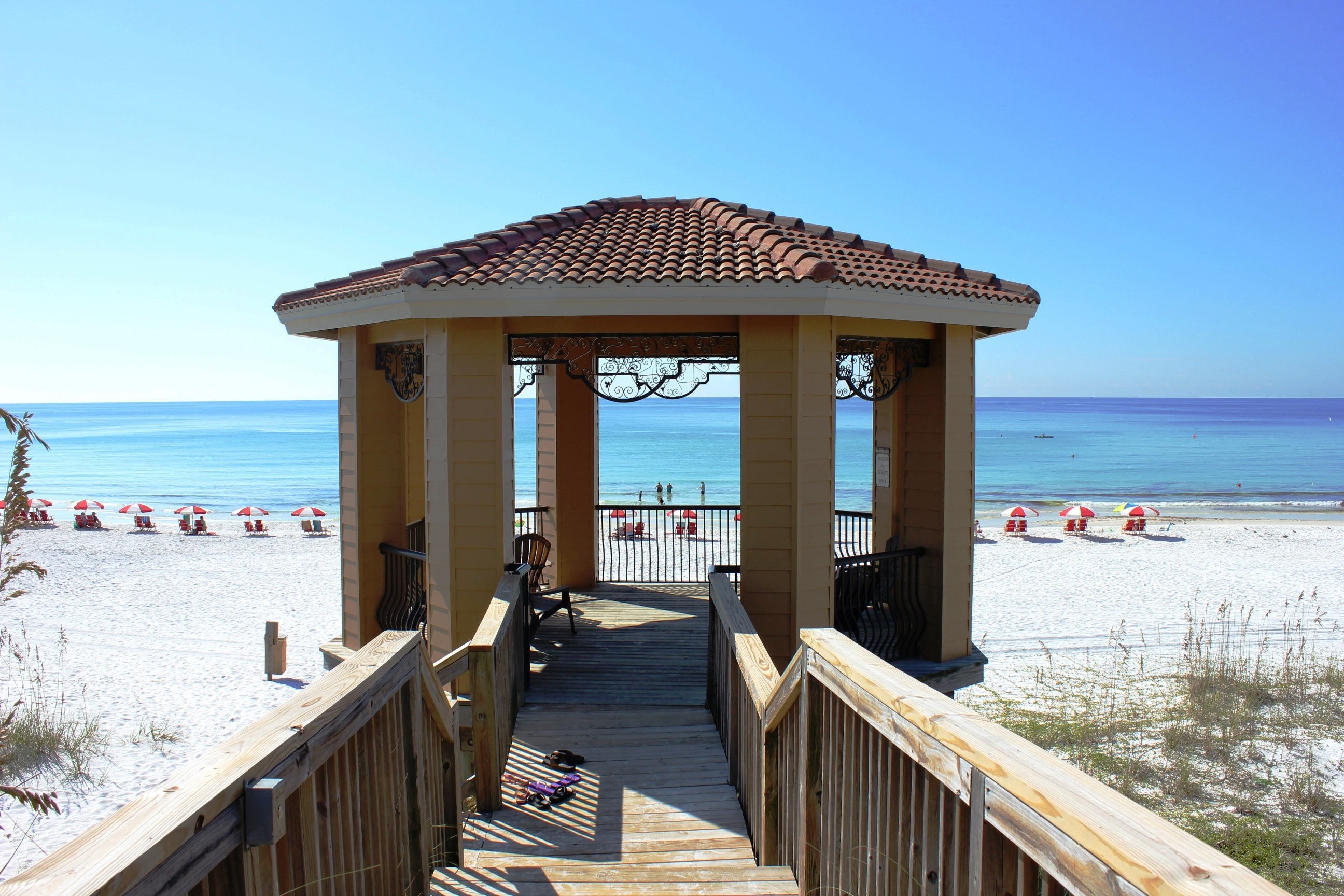 Mediterranea destin condo rentals for 9 bedroom rental destin florida